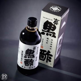 Makkurozu black rice and wheat vinegar