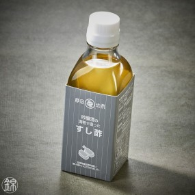 Sake lees vinegar for sushi