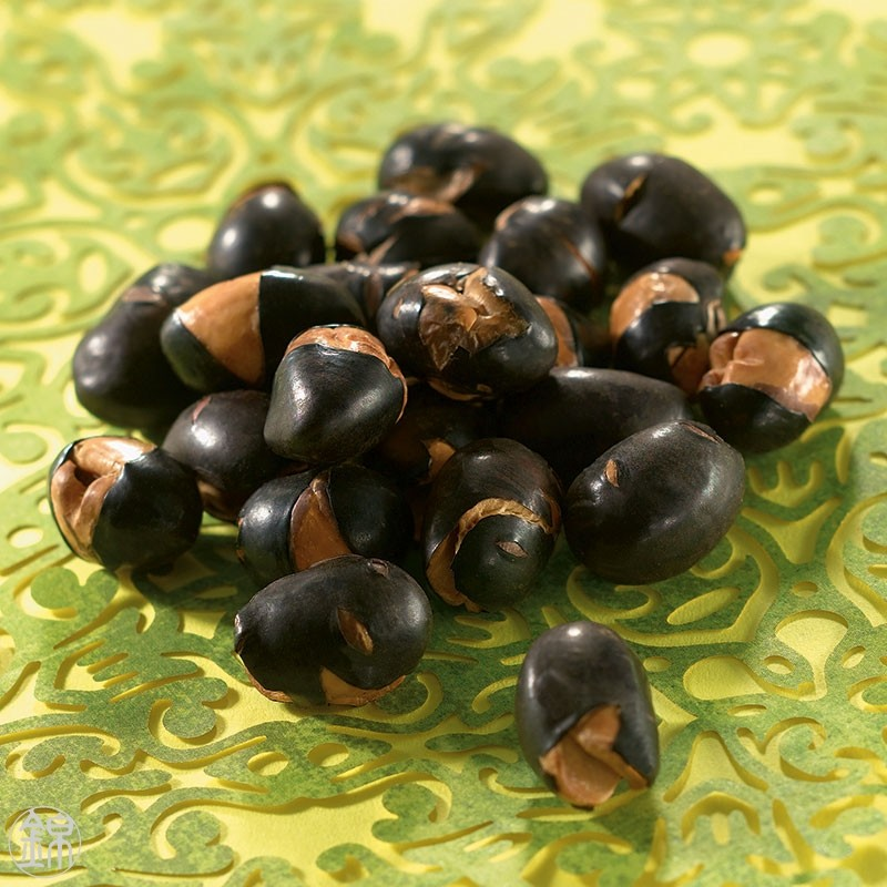 Roasted black soy beans Kuromame Pon