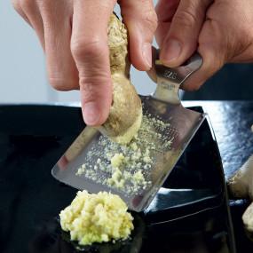 Râpe à gingembre et agrumes Râpes à Wasabi - Agrumes - Radis - Gingembre