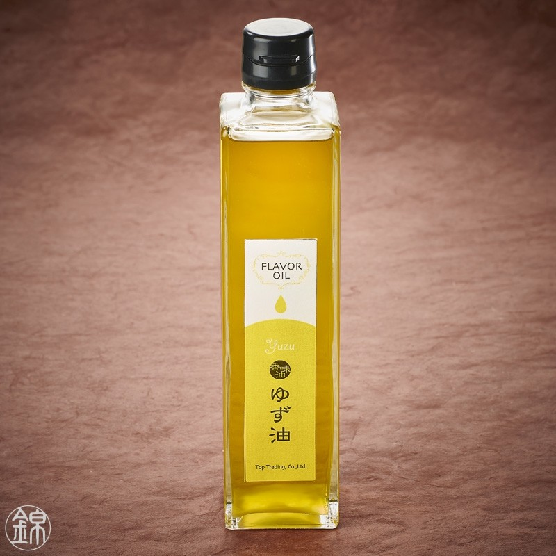 Repeseed and olive oil flavored with yuzu