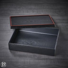 Black bento box and red border, and its compartment