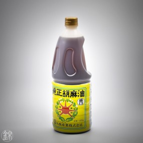 Roasted Koikuchi sesame oil, strong flavor  Oil