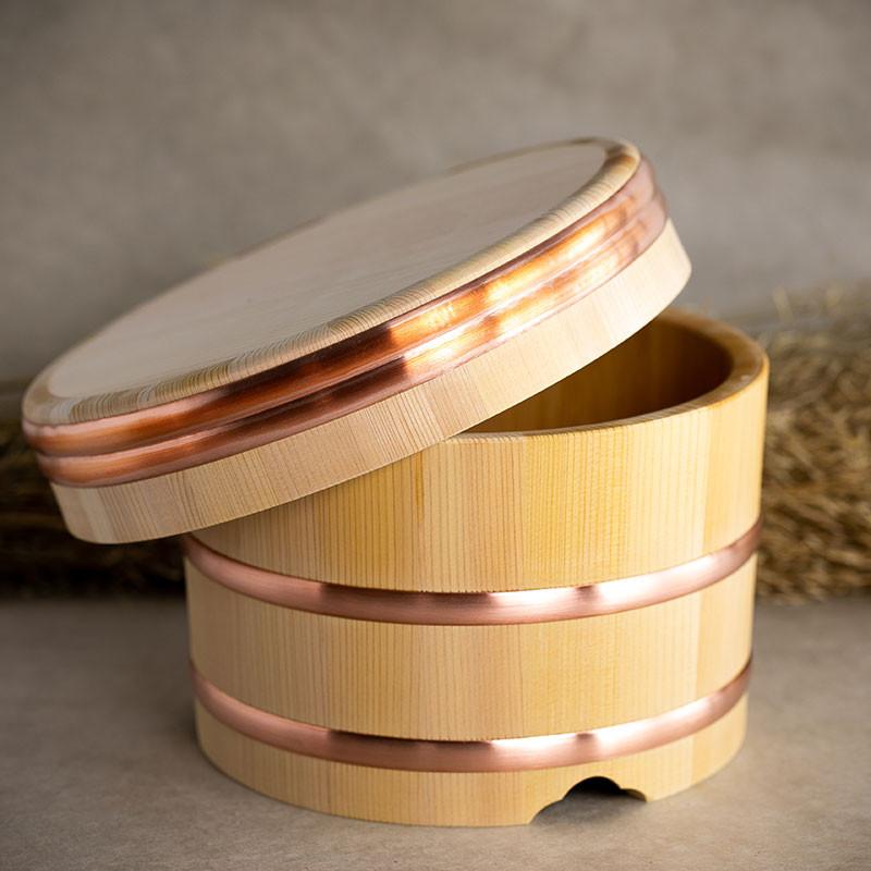 Bacquet Ohitsu en bois de cyprès de Kiso Sawara, pour conservation du riz et riz à sushi cuit