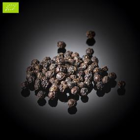 Organic whole black pepper from Dak Nong Bio*